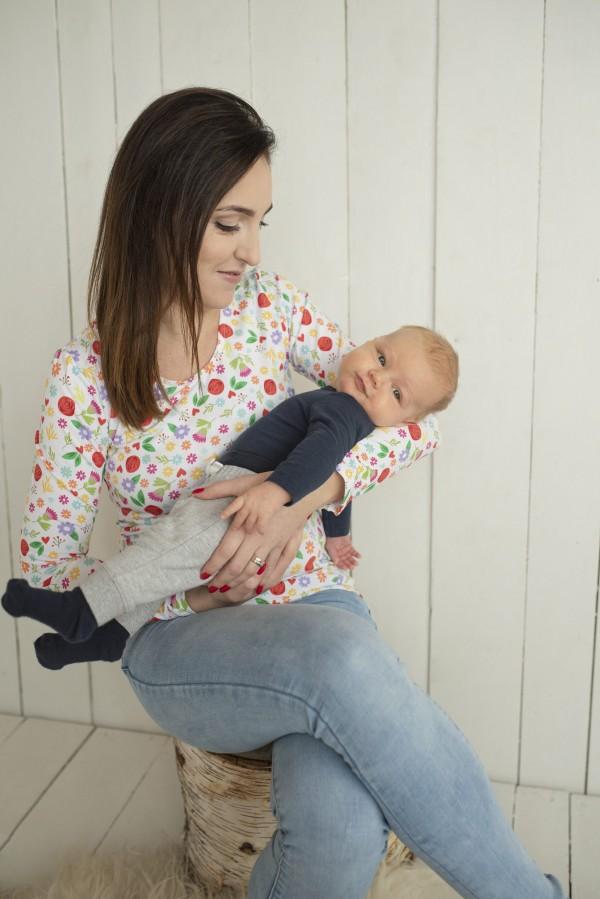 Kvietkované tričko na dojčenie s dlhým rukávom